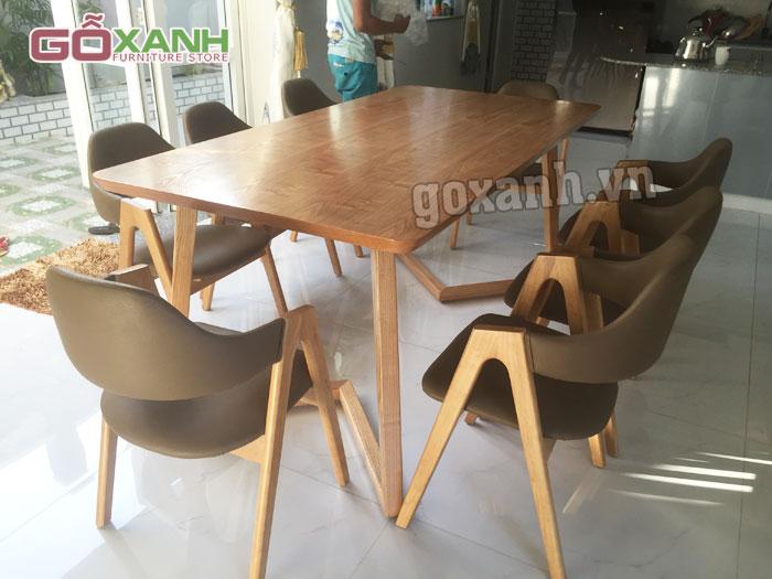 Các mẫu bàn ghế ăn gỗ tự nhiên đẹp đơn giản hiện đại