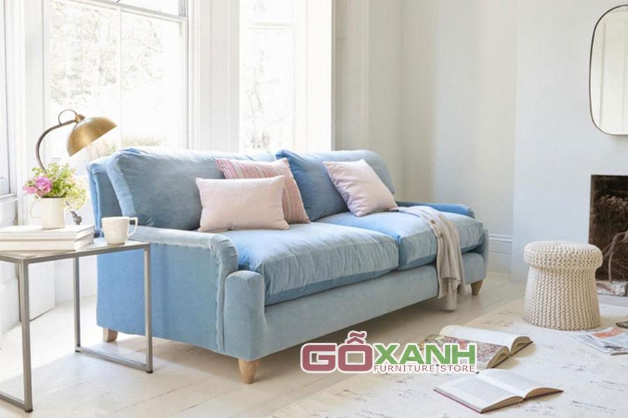 Chọn ghế sofa băng bọc vải cho phòng khách nhỏ